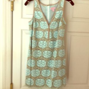 Lilly Pulitzer lace dress size 8